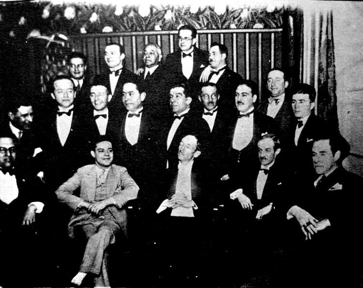 Andrés Pardo Tovar en una recepción ofrecida a Antonio María Valencia en Bogotá, en marzo de 1930